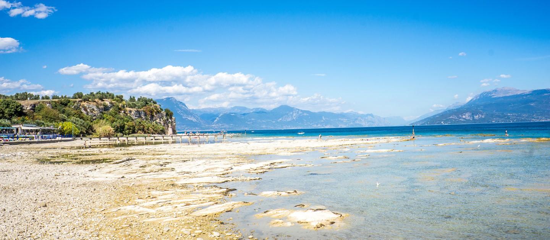 Le pi belle spiagge del lago di garda scopri il lago di for Piani di costruzione del negozio con alloggi