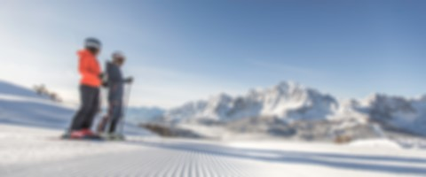 Skifahren_Headerbild_(Drei-Zinnen_Dolomiten)_Winter preview